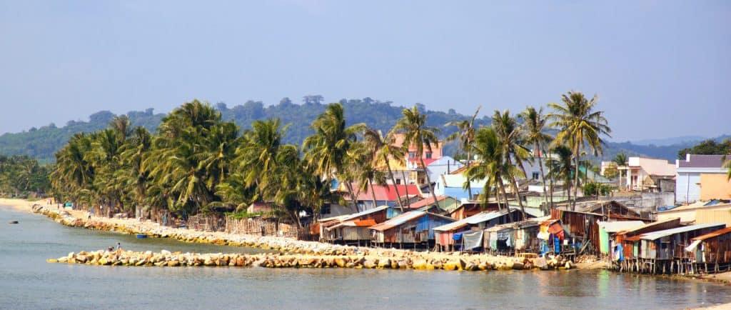 ham-ninh-fishing-village