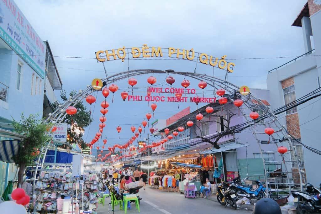 Main gate of Phu Quoc night market