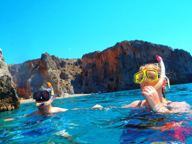 Snorkel-day-at-the-diving-centre-greece