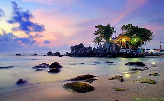 Du lịch Phú Quốc thăm quan Dinh Cậu
