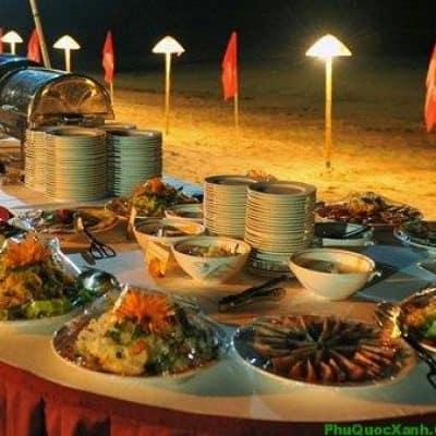 """""""Đại tiệc"""" buffet hải sản sang chảnh tại lễ hội Green Valentine Phú Quốc"""