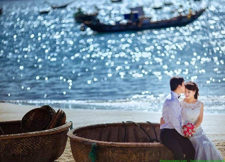 Chụp ảnh cưới làng chài