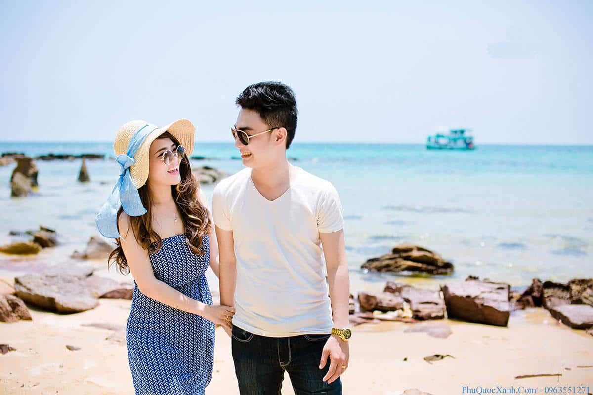 ... ảnh cưới đẹp rực rỡ. Và một trong những bãi biển đẹp nổi tiếng cho ra những khung hình đẹp. Tuyệt mỹ được các cặp đôi lựa chọn chính là bãi Sao.